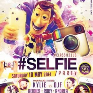 #Selfie Party al Classic Club Rimini