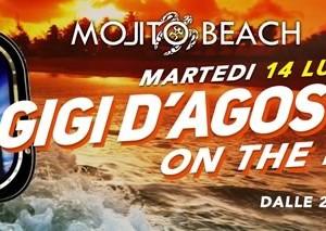 Gigi d'Agostino sulla spiaggia del Mojito Riccione