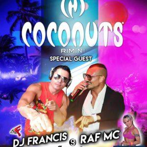 Inizia l'estate al Coconuts Rimini. Si balla tutta la notte con Raf Mc