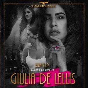 La bellissima Giulia de Lellis protagonista alla Baia Imperiale