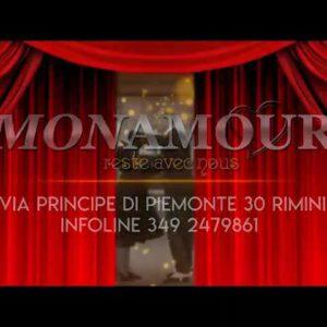 Lasciati guidare dalla musica dei Movida Band. Solo Al Mon Amour Rimini