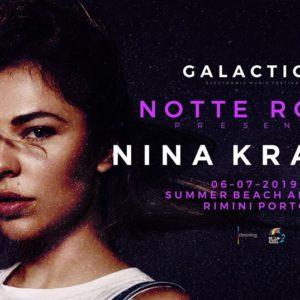 Nina Kraviz anima la Notte Rosa al Summer Beach Arena