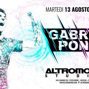 In attesa del ferragosto Altromondo Studios, Gabry Ponte anima il martedì.