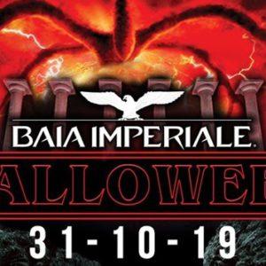 Alla Baia Imperiale arriva la festa di Halloween. Entra nella villa del terrore!