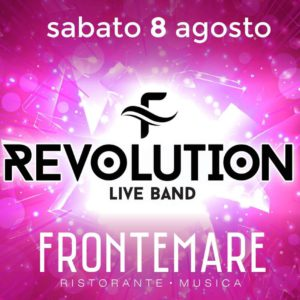 La band Revolution anima il più caldo sabato d'estate
