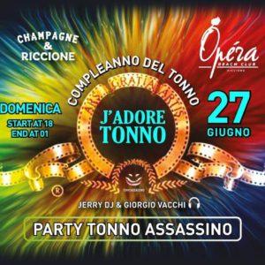 Domenica di brindisi all'Opèra Riccione con Tonna Assassino Party.